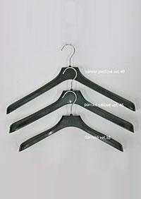plastová šatní ramínka Y70100 CE1